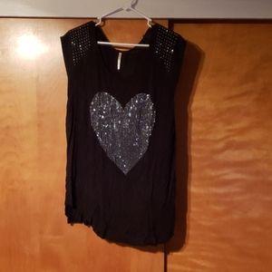 Tops - Black Heart Top